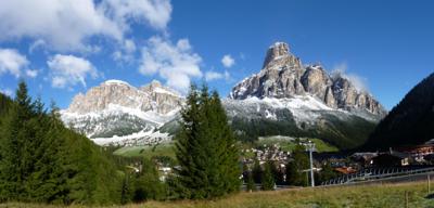 Panorama: Sassongher e Gardenaccia