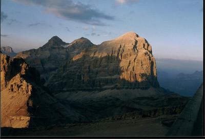 Tramonto: la Tofana di Rozes vista dal rifugio Lagazuoi