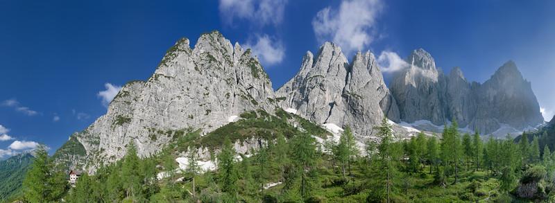 Rifugio Pellarini e Gruppo dello Jof Fuart - foto n° 130709-023923