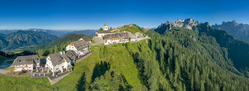 Lussari di giorno - Alpi Giulie