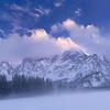Mangart nebbioso, ultime luci del tramonto dalla conca dei laghi di Fusine - foto n° 130216-395198