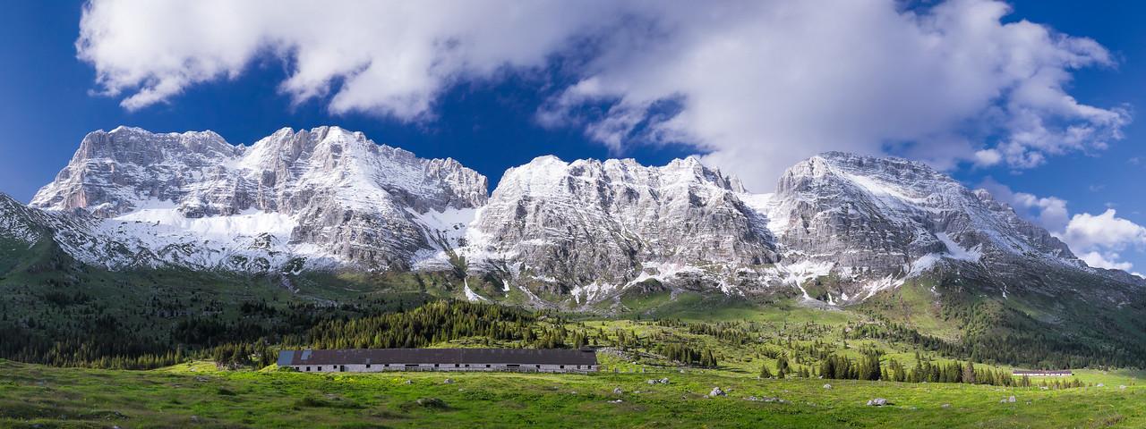 Montasio spruzzato con neve fresca - foto n° 270515-627989