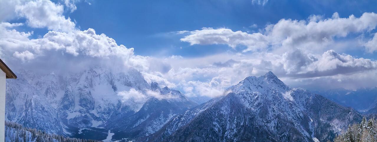 Montasio, Jof di Miezegnot - Val Saisera - foto n° 080403-486772