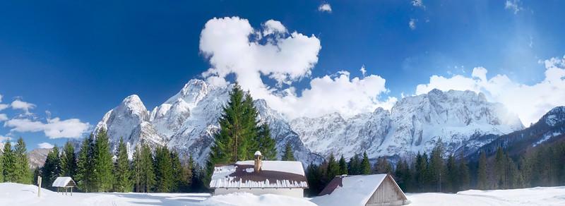 Val Saisera, Nabois, Jof Fuart, Montasio - foto n° 190313-632854