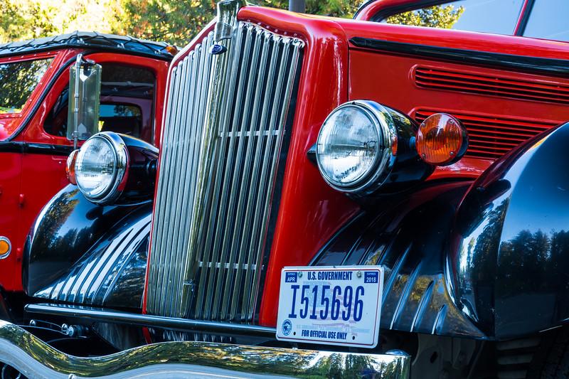 Red Bus Tours, Glacier National Park, MT