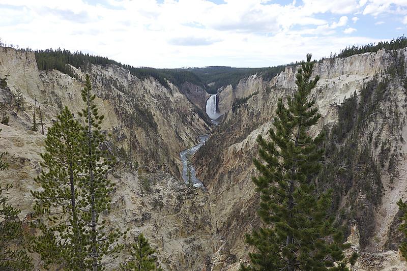 Yellowstone grand canyon 1