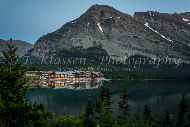 The Many Glacier Hotel on Swiftcurrent Lake in Glacier National Park, Montana, USA.