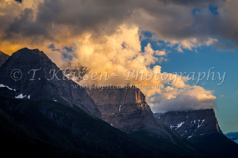 St. Mary Lake and Wild Goose Island at sunrise in Glacier National Park, Montana, USA.