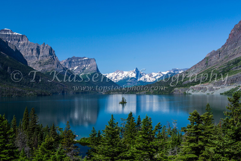 Lake St. Mary and Wild goose Island in Glacier National Park, Montana, USA.