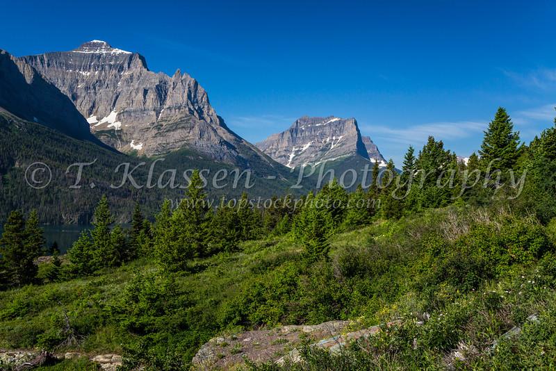 Alpine scenery near St. Mary Lake in Glacier National Park, Montana, USA.