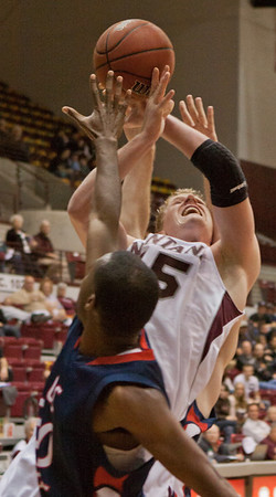 Griz 86, LC State 68