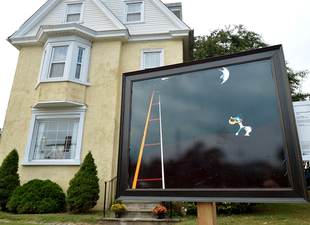 """. Bob Raines--Digital First Media\""""Dog Barking at the Moon\"""" by Joan Miro is displayed near the corner of Easton Rd. and Waverly Rd, Glenside Oct. 5, 2017."""