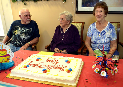05.12.16 Mary McKeown's 102nd birthday.