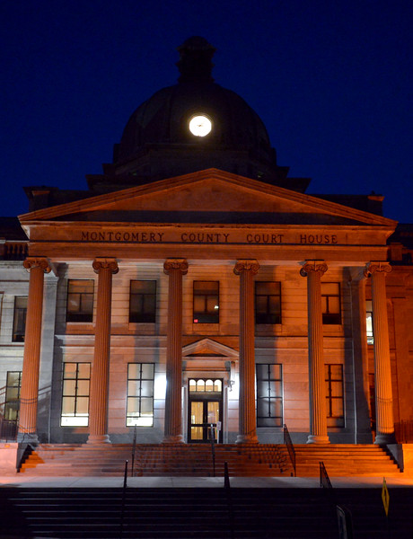 06/02/16 Montgomery Courthouse glows orange for National Gun Violence Awareness Day