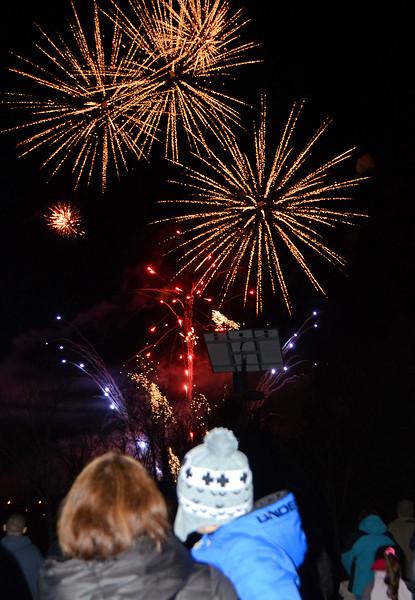 12_06_17 Horsham Tricentennial fireworks