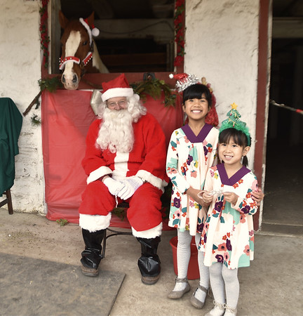 12_06_17 Santa visits Courtesy Stables in Andorra