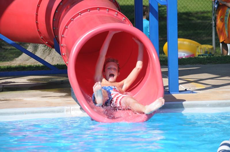 Families enjoy the Hatboro Memorial Pool August 4, 2017. Gene Walsh — Digital First Media