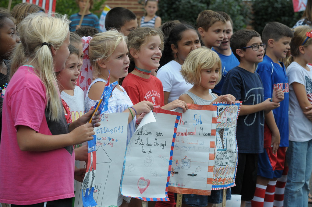 . Erdenheim Elementary School 4th graders participate in Constitution March September 18, 2017. Gene Walsh � Digital First Media