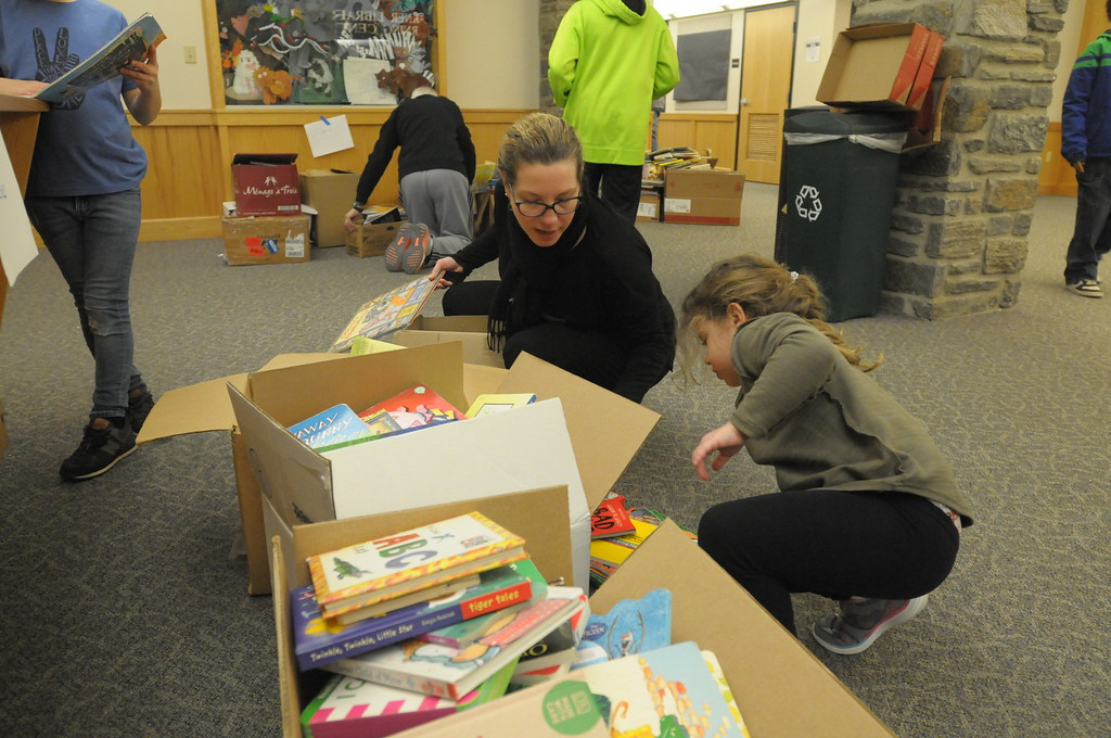 . Students and volunteers participate in MLK Day of Service at Abington Friends School January 15, 2018. Gene Walsh � Digital First Media