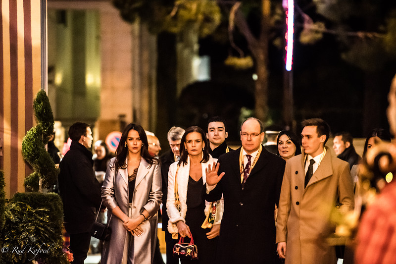 Fyrste-familien på vej til åbningen af Monte-Carlo-festivalen 2018