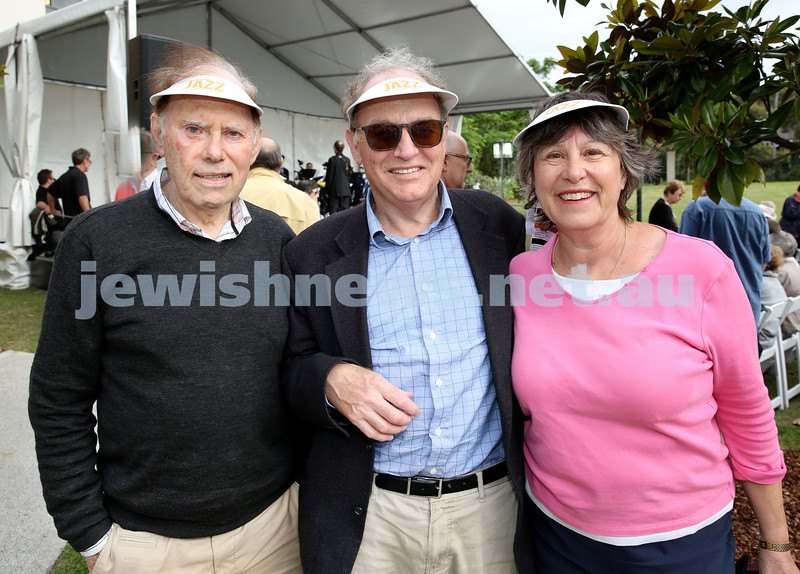 Jazz in the grounds concert at Montefiore Home. Brian Vogel, Stephen & Sue Cassrels.