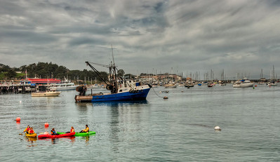 harbor-kayaks-boats-1