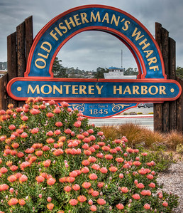 monterey-harbor-sign-2