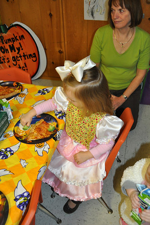 Halloween Parade and Pizza Party
