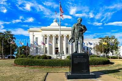 Statue of police officer outside Alabama State Capitol Building