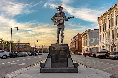 Statue of Hank Williams