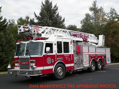 BRIDGEPORT FIRE CO. QUINT 31 2008 KME AERIAL LADDER QUINT