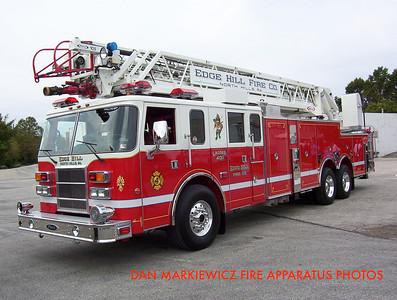EDGE HILL FIRE CO. LADDER 401 2000 PIERCE AERIAL