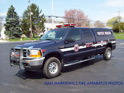 PLYMOUTH FIRE CO. MARINE 43 2001 FORD WATER RESCUE UNIT