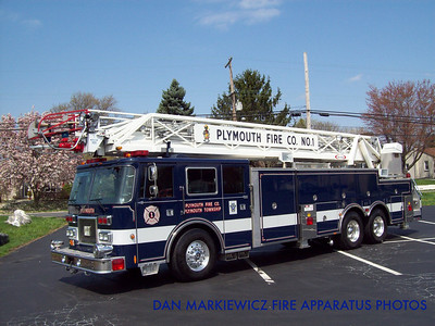 PLYMOUTH FIRE CO. LADDER 43 1993 PIERCE AERIAL LADDER