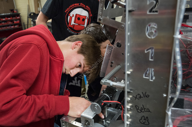 Morgantown area high school students participate in the Mountain Area Robotics (MARS) Team workshop and lab May 3, 2017. The students just returned from winning the FIRST Robotics St. Louis World Championship Chairman's award. The team is coached by WVU Physics department chair Earl Scime. Photo Greg Ellis