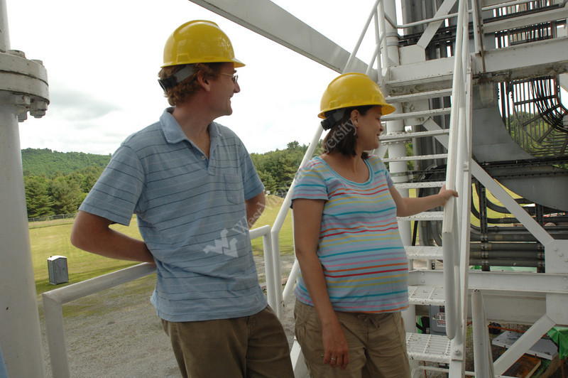 Viewbook 2007  Maura McLaughlin and Duncan Lorimer at NRAO,<br /> Green Bank, West Virginia