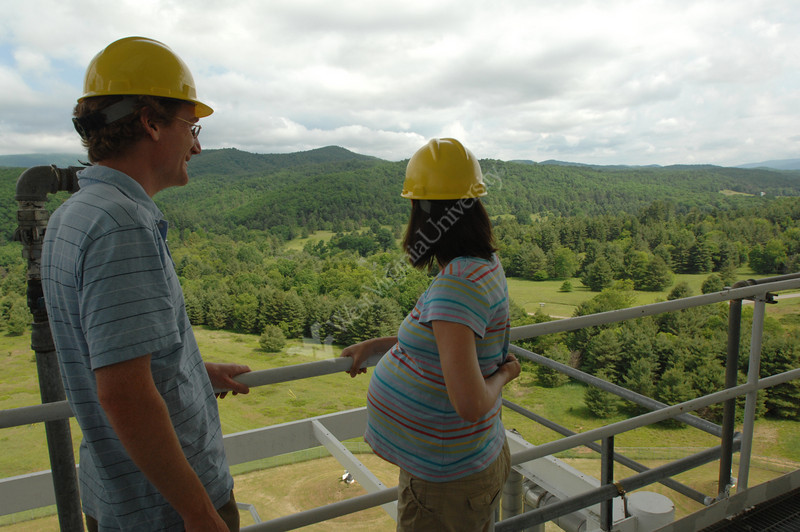 Viewbook 2007  Maura and Duncan Lomair at NRAO,<br /> Green Bank, West Virginia