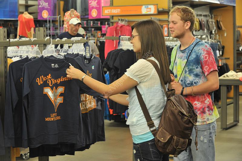 WVU freshmen enjoy a Mountaineer shopping experience at the Town Center Grandville WV, August 2011. (WVU Photo/Greg Ellis)