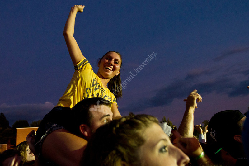 WVU freshmen students enjoy music and new friends on the Mountainlair plaza downtown campus at Fallfest, August 2011. (WVU Photo/Mark Brown)