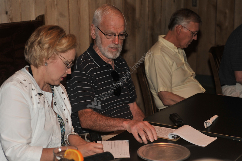 WVU Science on Tap is an informal opportunity to socialize and discuss interesting areas in science and how they affect our lives, June 2011. (WVU Photo/Jake Lamburth)