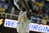 28006 WVU Men's Basketball vs Kent State game action WVU Coliseum, November 2011 (WVU Photo/Brian Persinger)