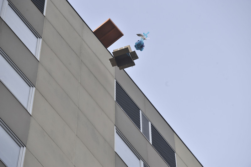 The WVU Pumpkin Drop take place at the Engineering Science building on the evansdale campus bringing  together students from local schools to compete in the event, October 2011 (WVU Photo/Brian Persinger)
