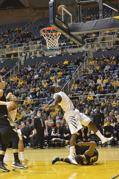 WVU Men's Basketball action vs Oakland December 2012 (WVU Photo/Greg Ellis)