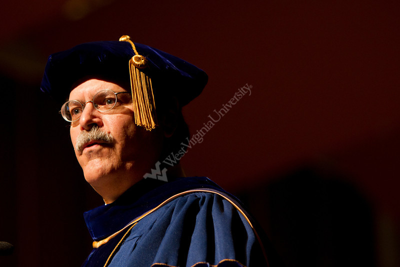 R. Wayne King, President & CEO of the WVU Foundation, speaks at the 2012 Honors Convocation.