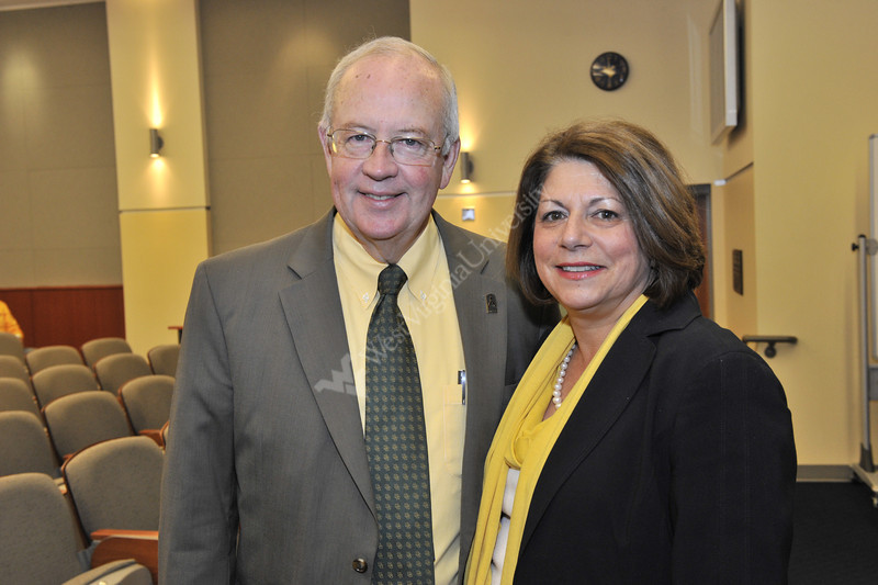 Ken Starr speaks to students faculty and students at the WVU College Of Law October 2012 (WVU Photo/Greg Ellis)