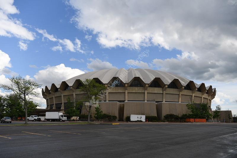 Coliseum S 0010 JFS