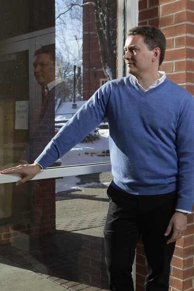 John Deskins<br /> 34258 Opioid Researchers<br /> WVU Photo/ Raymond Thompson