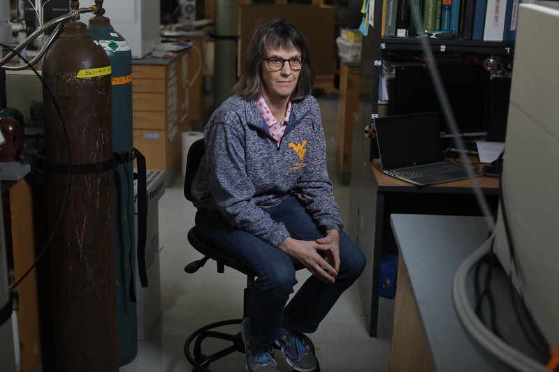 Suzanne Bell<br /> 34258 Opioid Researchers<br /> WVU Photo/ Raymond Thompson