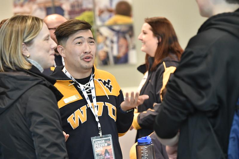 Prospective WVU  students and their parents vist the WVU VRC April 15, 2019. Photo Greg Ellis