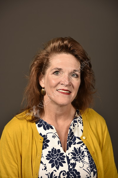Stewart, Dianne poses for Staff council Portrait August 21, 2019. Photo Greg Ellis